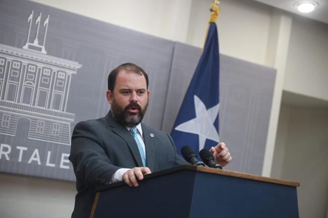 Presidente de la JSF le da la bienvenida a Elí Díaz Atienza