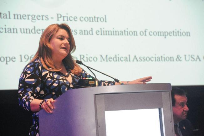 Asociación Psiquiátrica otorga premio de excelencia a Jenniffer González