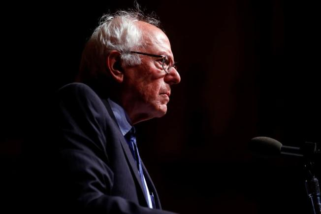 Sanders pide a los demócratas que se opongan a la Junta de Control Fiscal