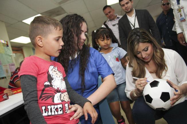 Primera Dama adopta parque para niños en cárcel de mujeres