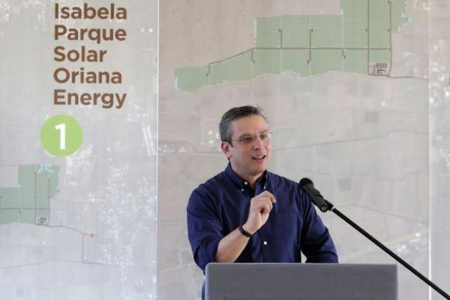 Gobernador anuncia construcción de planta solar más grande del Caribe