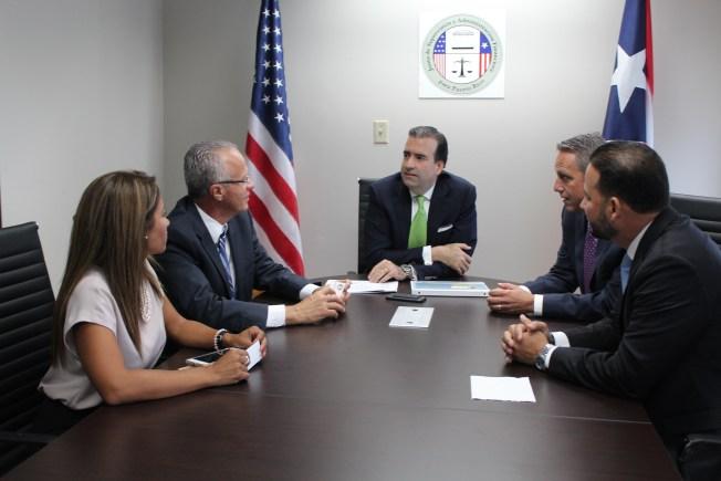 Alcaldes se reúnen con Presidente Junta Control Fiscal