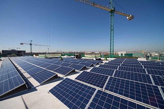 Es ley plan piloto de energía renovable en las escuelas
