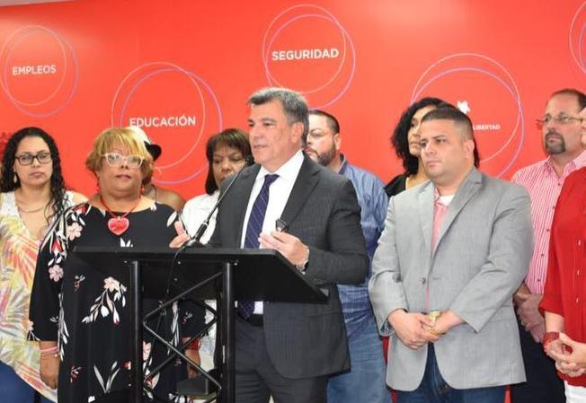 Carlos Delgado Altieri anuncia que aspirará a la gobernación por el PPD