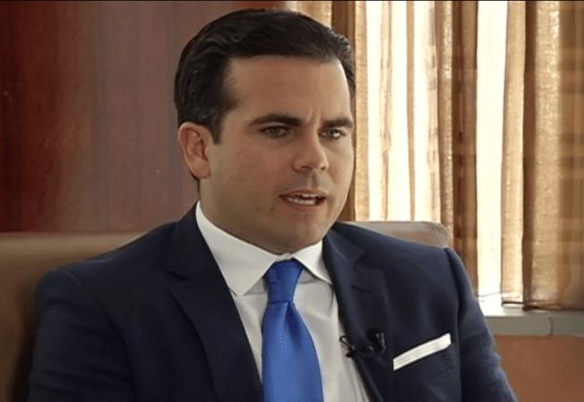 Gobernador critica jugoso contrato de la directora de la JCF