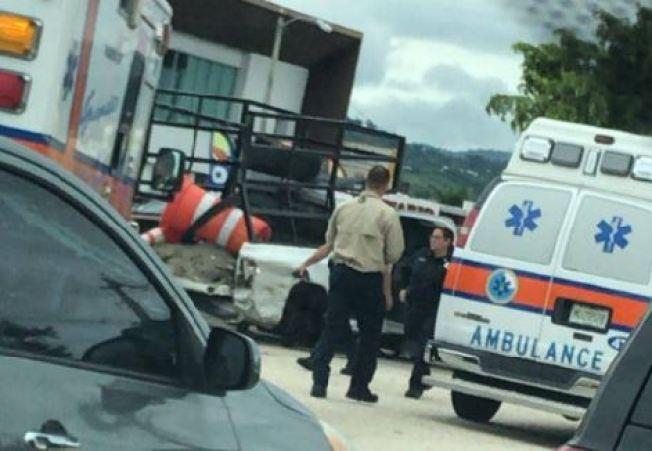 Accidente causa enorme tapón en la Martínez Nadal