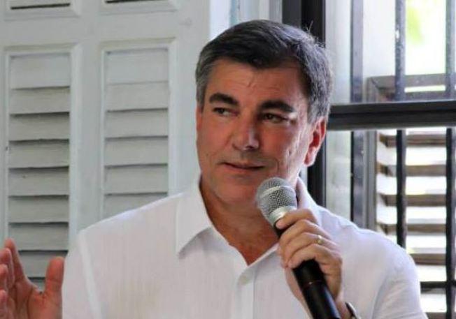 Levantan críticas contra el alcalde de Isabela