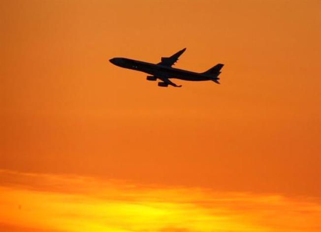 EEUU anuncia vuelos directos a La Habana a partir de otoño