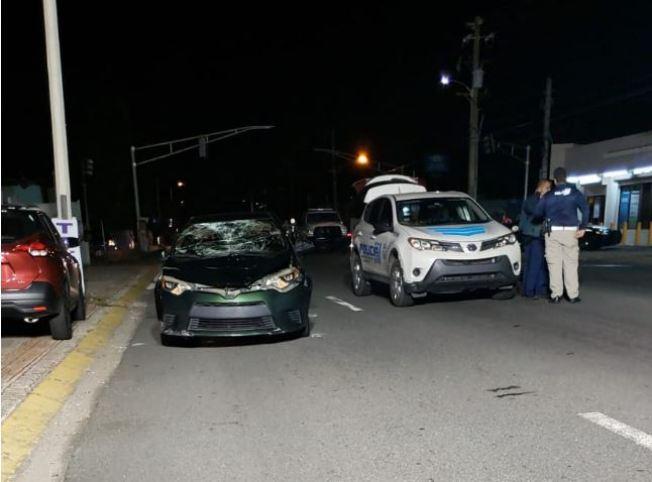 Mujer muere atropellada en Levittown
