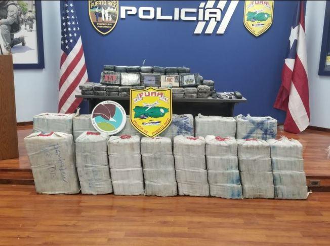 Ocupan millonario cargamento de cocaína