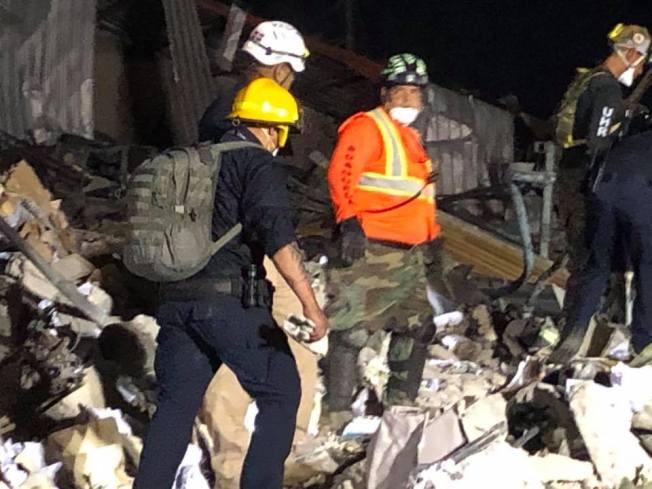 Carmen Yulín envía rescatistas y bomberos a Santo Domingo