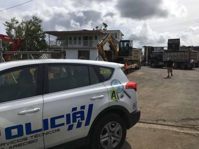 Camión aplasta a mecánico en Arecibo
