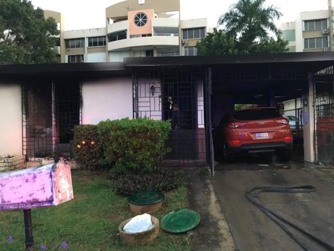 Se desata fuego en residencia en Guaynabo