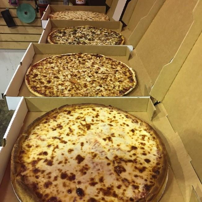 Asaltan repartidor de pizza en Fajardo