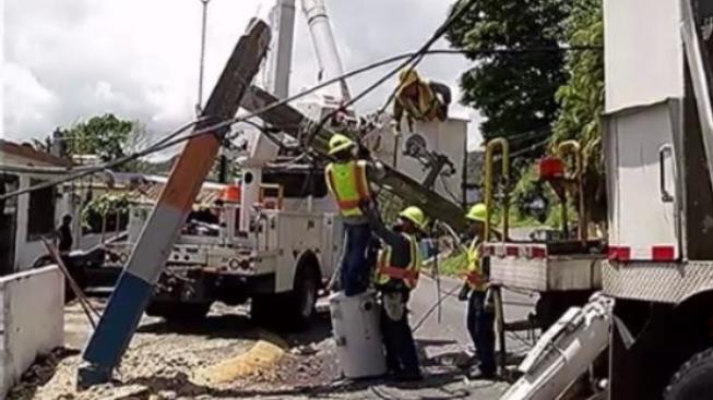Detenido el tránsito en Caguas por reparaciones de la AEE