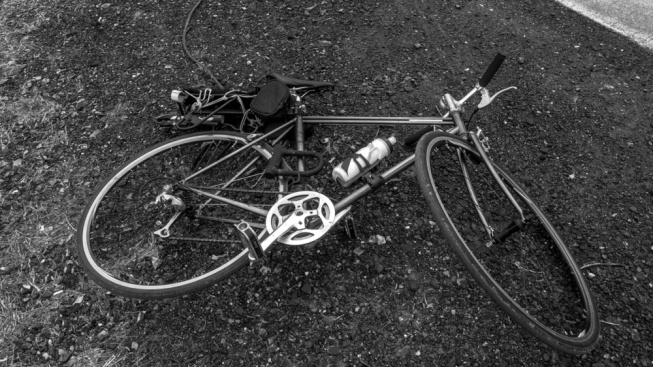 Ciclista herido de gravedad tras accidente