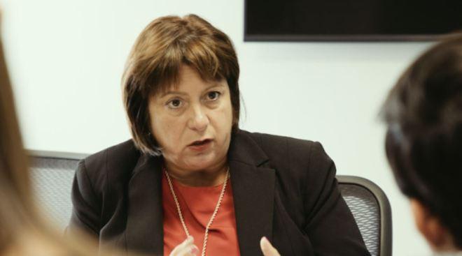 JCF alega que informe aclara relación con firma de asesoría