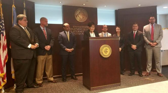 Cargos federales a compañía de tutorías por fraude al DE
