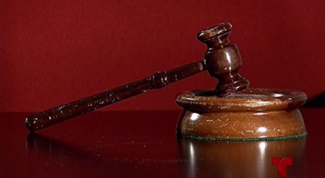 Causa para arresto contra matrimonio por fraude