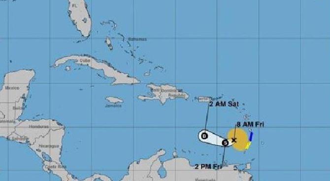 Kirk se disipa y Leslie se mantiene en el Atlántico