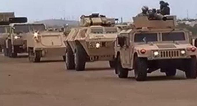 Se vuelca camión de la Guardia Nacional