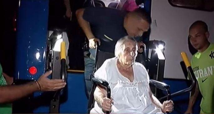 Fuego provoca desalojo de emergencia en hogar de ancianos