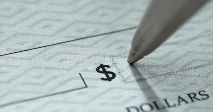 Patronos no podrán despedir para pagar nuevo mínimo