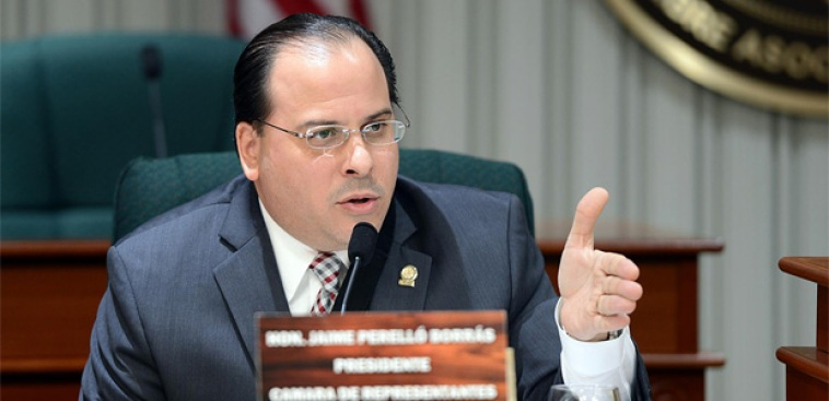 Representantes se van en contra del gobernador