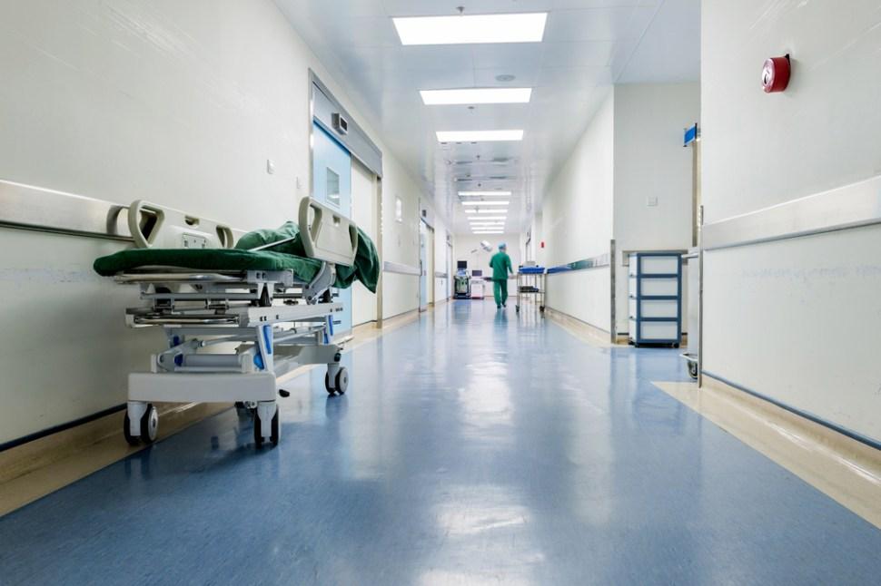 Culpan al Toque de Queda por muerte de paciente de diálisis